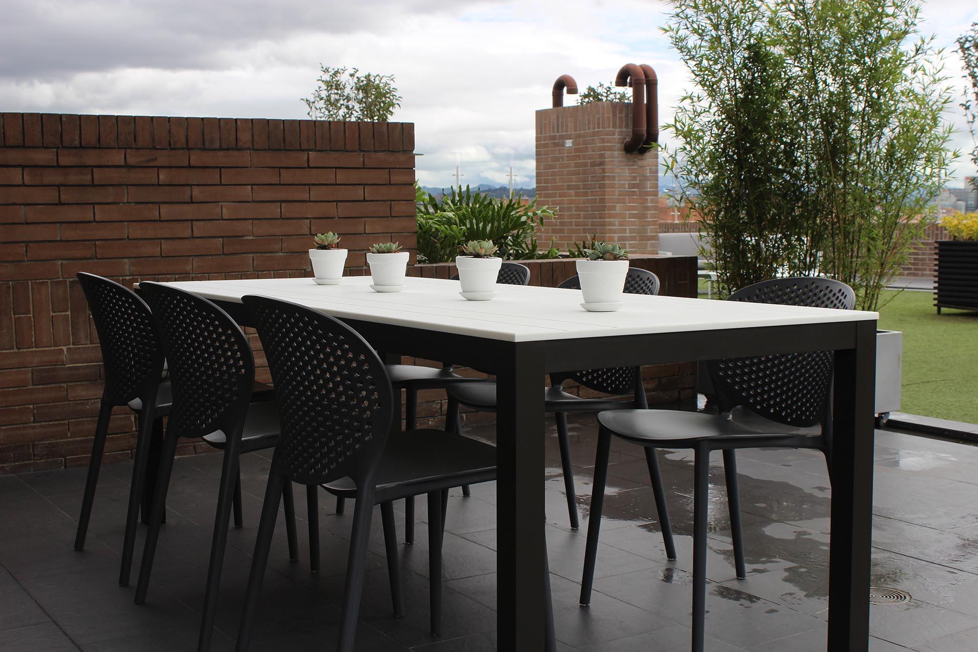 outdoor albox table